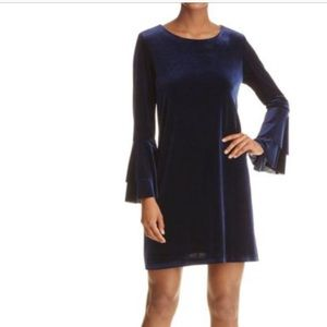 AQUA Navy Blue Velvet Long Bell sleeve Dress M